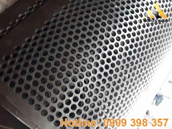 Đường kính lỗ tròn từ 1mm, 2mm, 3mm, 4mm đến 100mm. Đục theo yêu cầu!