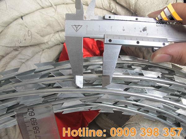 Một cuộn thường có đường kính 30cm, 40cm, 60cm, 90cm…