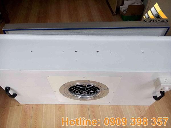Hộp lọc Hepa hay còn gọi hộp lọc HEPA là hộp chứa lọc HEPA được lắp trên trần trong phòng sạch.