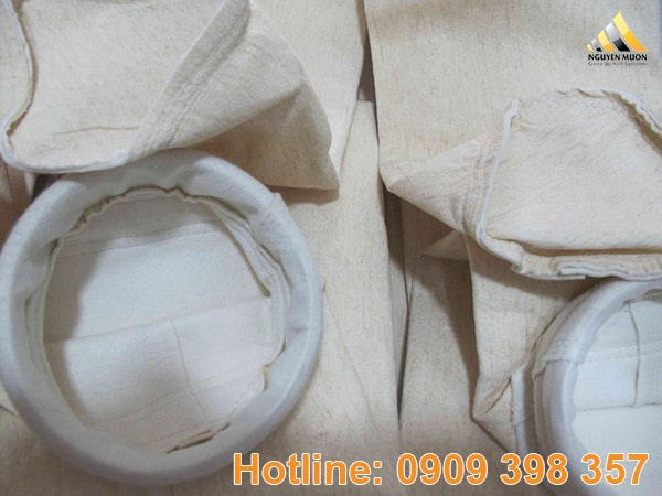 Tuỳ vào hình dạng của túi lọc (hình tròn hoặc hình chữ nhật) mà quy trình khí thải vào túi sẽ khác nhau.